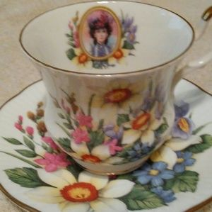 Queens avon 1996 cup and saucer